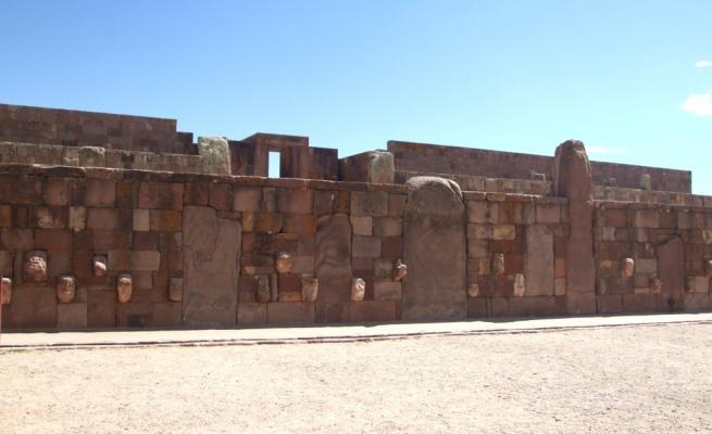 Tiahuanaco 2